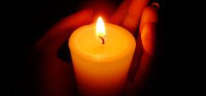 Что будет, если живому человеку поставить свечку за упокой?
